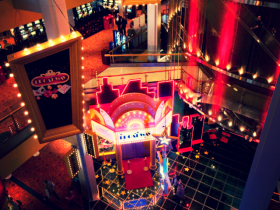 Cabaret, Broadway & Moulin Rouge | Casinos